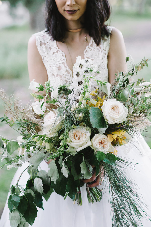Whimsical Wedding Inspiration with a al fresco reception and loose florals
